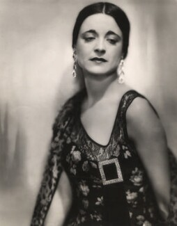 Harriet Cohen, by Lenare - NPG x39270