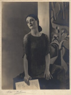 Harriet Cohen, by Peter North - NPG x39271