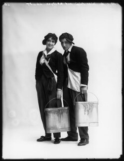 Jan Oyra and Dorma Leigh (née Dorothy Mabel Woodley) in 'Tina', by Bassano Ltd, 19 January 1916 - NPG x102600 - © National Portrait Gallery, London