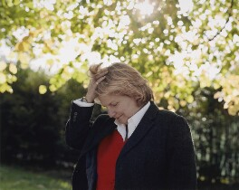 Sandi Toksvig, by Mary McCartney, 2008 - NPG  - © Mary McCartney / National Portrait Gallery, London