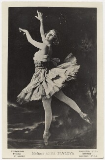 Anna Pavlova, by Emil Otto ('E.O.') Hoppé, published by  J.J. Samuels, 1911 - NPG x132920 - © 2017 E.O. Hoppé Estate Collection / Curatorial Assistance Inc.