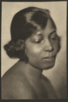 Unknown Hawaiian woman, by E.O. Hoppé - NPG Ax132954
