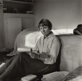 Iris Murdoch, by Ida Kar, 1957 - NPG x132970 - © National Portrait Gallery, London
