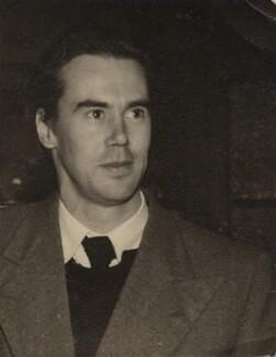 Victor Musgrave, by Ida Kar, late 1940s - NPG x134022 - © National Portrait Gallery, London