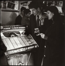 Jukebox, Soho, by Ida Kar, June 1960 - NPG  - © National Portrait Gallery, London