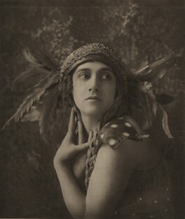 Tamara Karsavina as the Firebird in 'L'Oiseau de Feu' (The Firebird), by E.O. Hoppé - NPG x134193