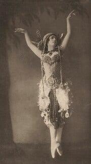 Tamara Karsavina as the Firebird in 'L'Oiseau de Feu' (The Firebird), by E.O. Hoppé - NPG x134194