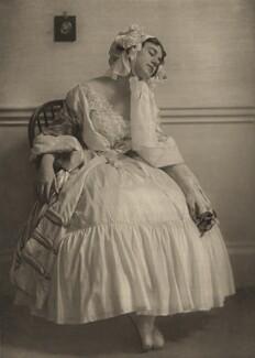 Tamara Karsavina in 'Le Spectre de la Rose', by E.O. Hoppé - NPG x134199