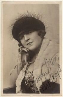 Marie Lloyd, by Foulsham & Banfield - NPG Ax160009