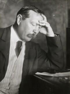 Arthur Conan Doyle, by Emil Otto ('E.O.') Hoppé, 1912 - NPG P1390 - © 2017 E.O. Hoppé Estate Collection / Curatorial Assistance Inc.