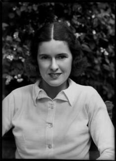 Sarah Hammond Palfrey (Mrs Fabyan, later Cooke and Danzig), by Bassano Ltd - NPG x154864