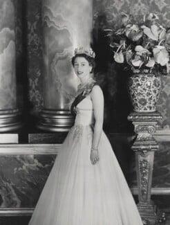 Queen Elizabeth II, by Cecil Beaton - NPG P1467