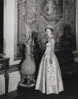 Queen Elizabeth II, by Cecil Beaton - NPG P1468