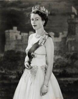 Queen Elizabeth II, by Cecil Beaton - NPG P1472