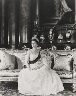 Queen Elizabeth II, by Anthony Buckley - NPG P1498