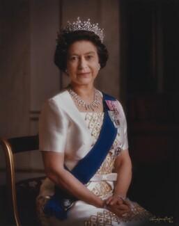 Queen Elizabeth II, by Dennis Constantine - NPG P1526