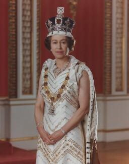 Queen Elizabeth II, by Peter Grugeon - NPG P1554