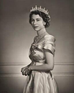 Queen Elizabeth II, by Yousuf Karsh - NPG P1556