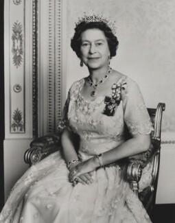 Queen Elizabeth II, by Yousuf Karsh - NPG P1570