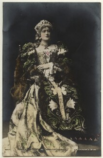 Ellen Terry as Queen Katherine in 'Henry VIII', by Window & Grove, 1892 - NPG  - © National Portrait Gallery, London