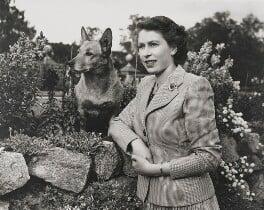 Queen Elizabeth II, by Studio Lisa (Lisa Sheridan) - NPG P1615