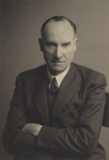 Sir Geoffrey De Havilland, by Walter Stoneman - NPG x167067
