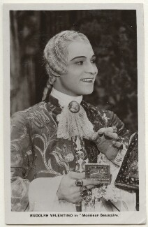 Rudolph Valentino in 'Monsieur Beaucaire', by Unknown photographer - NPG Ax160204