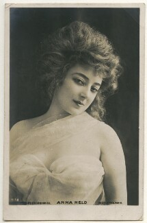 Anna Held, by Reutlinger, published by  Rotary Photographic Co Ltd - NPG Ax160267