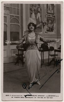 Gwendoline Brogden as Signora Maria Gesticulata in 'The Girl on the Film', by Foulsham & Banfield, published by  Rotary Photographic Co Ltd, 1913 - NPG  - © National Portrait Gallery, London