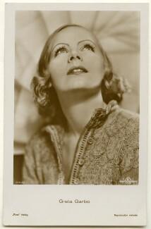 Greta Garbo, published by Ross-Verlag - NPG Ax160454