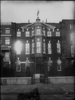 Dante Gabriel Rossetti's house, by Sir Emery Walker - NPG x134951