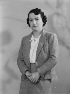 Doreen Esther (née Klean), Lady Gluckstein, by Bassano Ltd - NPG x177645