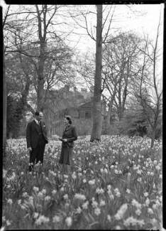 Hon. Elspeth Marjorie Jessie Hoare (née Weir); Richard Fairfax William Cartwright, by Bassano Ltd - NPG x177957
