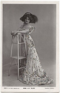 Lily Elsie (Mrs Bullough), by Foulsham & Banfield, published by  Rotary Photographic Co Ltd, 1908-1909 - NPG x135278 - © National Portrait Gallery, London