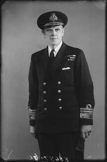 Sir Frederick Richard Gordon Turner, by Bassano Ltd - NPG x178415