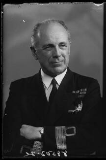 Francis Richard Henry Penn Curzon, 5th Earl Howe, by Bassano Ltd - NPG x178719