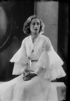 Lady Isobel Blunt-Mackenzie (later Lady Isobel Linda), by Bassano Ltd - NPG x157371