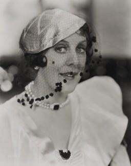 Dame (Esmerelda) Cicely Courtneidge, by General Photographic Agency - NPG x135830