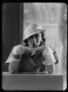 Lady Isobel Blunt-Mackenzie (later Lady Isobel Linda), by Bassano Ltd - NPG x105024