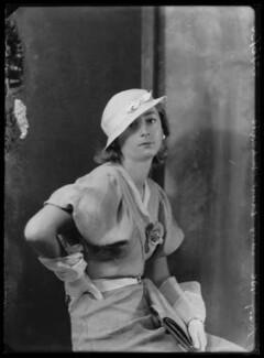 Lady Isobel Blunt-Mackenzie (later Lady Isobel Linda), by Bassano Ltd - NPG x105025