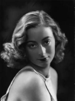 Lady Isobel Blunt-Mackenzie (later Lady Isobel Linda), by Bassano Ltd - NPG x105060