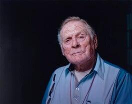 Denis Avey, by Andy Boag, 15 December 2011 - NPG x135983 - © Andy Boag / National Portrait Gallery, London