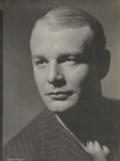 Sir Gyles Isham, 12th Bt, by Howard Coster, 1935 - NPG Ax136073 - © National Portrait Gallery, London