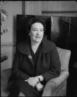 Marie Berthe Edmée Gulbenkian (née De Ayala), by Rex Coleman, for  Baron Studios, 3 December 1959 - NPG x105398 - © National Portrait Gallery, London