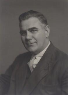 Walter James Edwards, by Walter Stoneman - NPG x167359