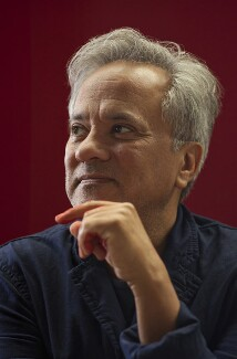 Sir Anish Kapoor, by Jillian Edelstein - NPG P1785