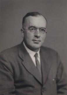 Douglas Rayner Hartree, by Walter Stoneman - NPG x169645