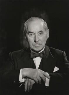 Sir (Alfred) Guy Roland Garrod, by Walter Stoneman - NPG x167756