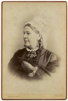 Mary Mundella (née Smith), by John Jabez Edwin Mayall - NPG x136375