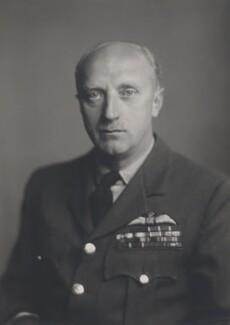 Sir Gerald Ernest Gibbs, by Walter Stoneman - NPG x167789